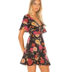 Cupcakes and cashmere frankie floral print dress